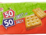 Britannia 50-50 Sweet And Salty 62 Gm